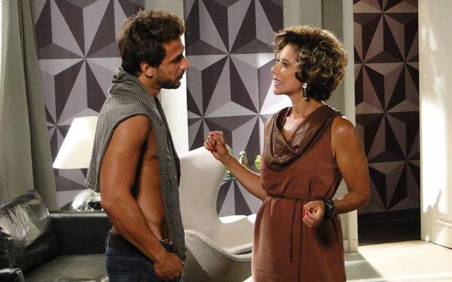 Em Fina Estampa, Mirna Bello retornará na fase final da novela (Imagem: Globo)