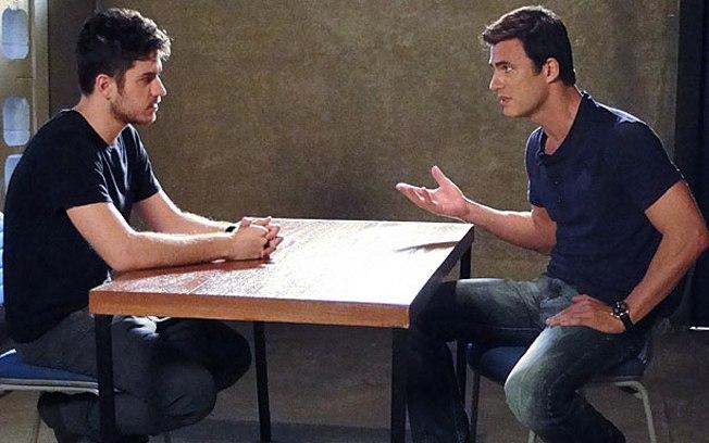 Em Fina Estampa, Rafael vai confessar seus crimes para Juan (Imagem: Globo)
