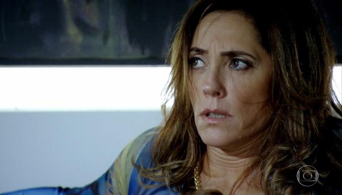 Tereza Cristina (Christiane Torloni) ao ser forçada a ir para motel em Fina Estampa (Foto: Reprodução/Globo)