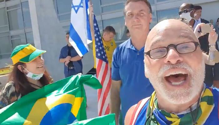 Paulo Cintura, da Escolinha do Professor Raimundo, em ato pró-Bolsonaro (Foto: Reprodução)