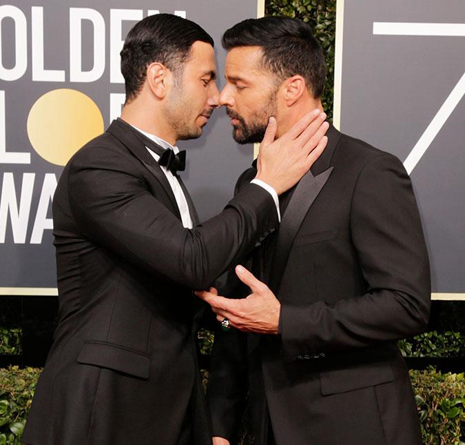 Ricky Martin compartilha vídeo dando beijão em seu companheiro e para a web (Foto: Reprodução)