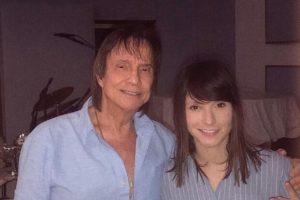 Roberto Carlos e a cantora Tamara Angel, sua suposta namorada - Foto: Reprodução