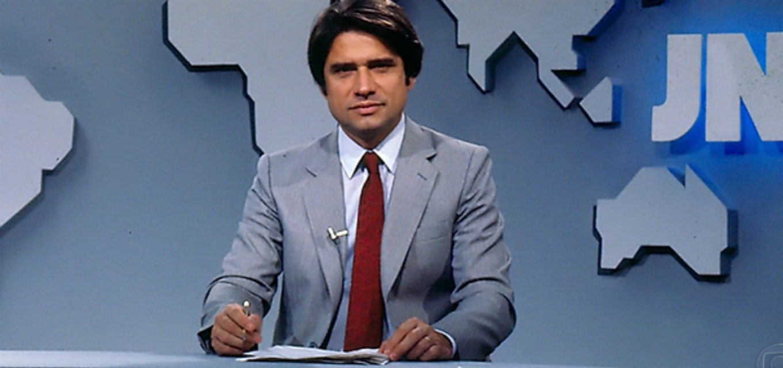 O âncora na bancada do 'Jornal Nacional' (Foto: reprodução/Globo)