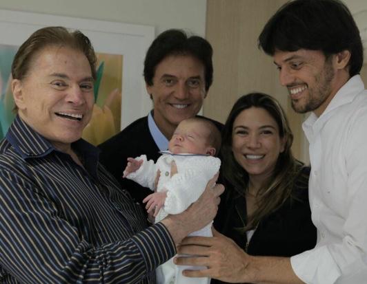 Silvio Santos com Fábio Faria e Patrícia Abravanel - Foto: Reprodução