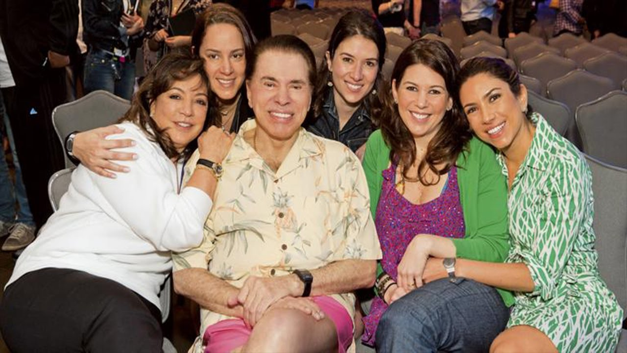Silvio Santos com suas filhas e sua esposa (Foto: Reprodução) SBT
