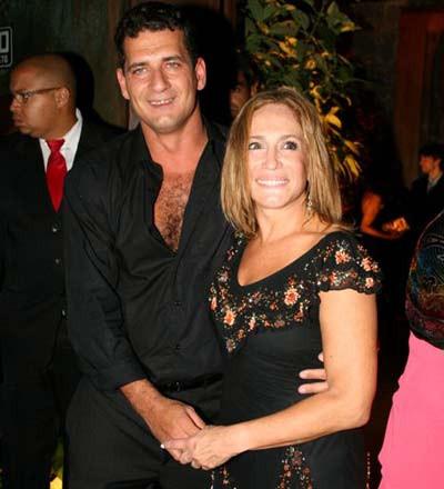 A famosa atriz da Globo, Susana Vieira ao lado de seu ex-marido, Marcelo (Foto: Divulgação)