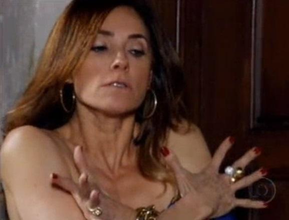 Tereza Cristina se irrita em FIna Estampa