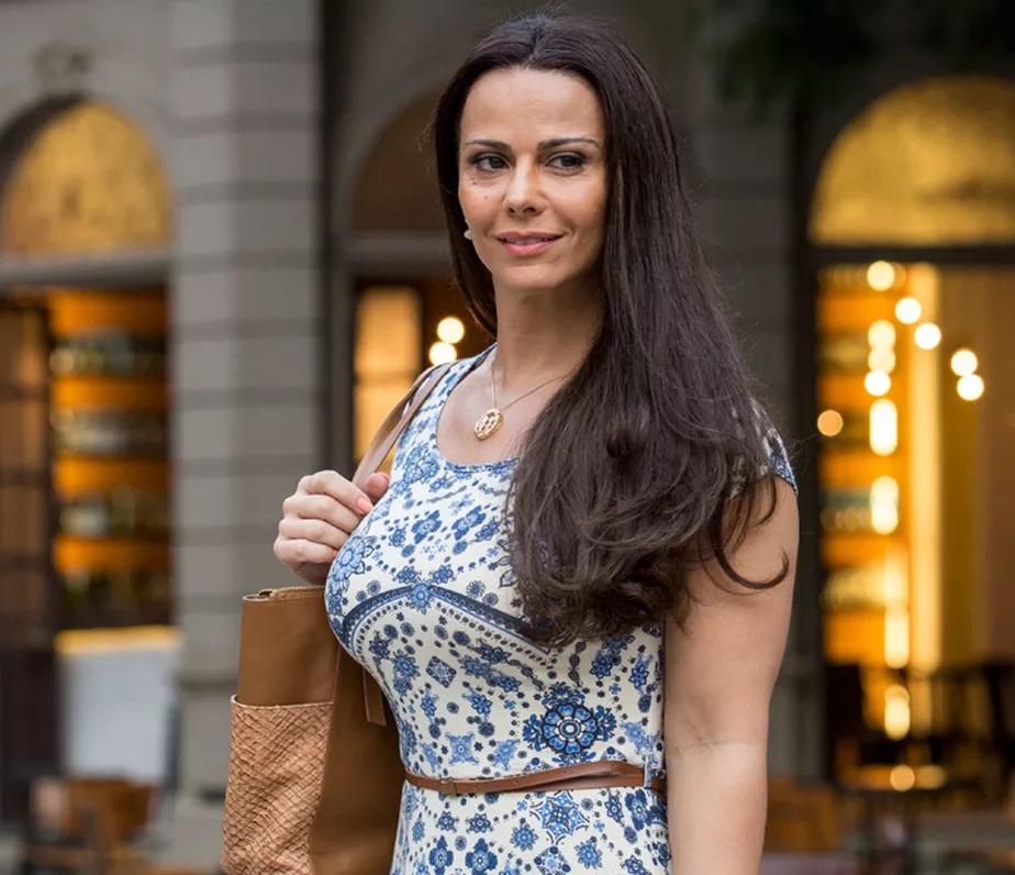 A atriz em 'Rock Story' (Foto: reprodução/Globo)