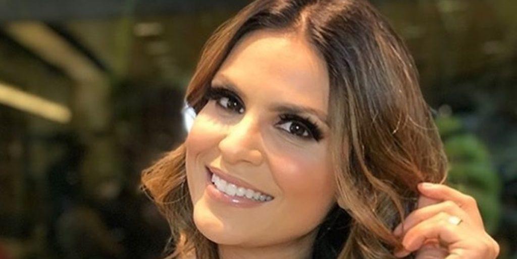 Aline Barros foi criticada por pastor ao realizar leilão beneficente virtual (Foto: Reprodução)
