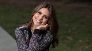 Aline Barros encantou os fãs ao exibir foto da sua nova 'filha' (Foto: Reprodução)