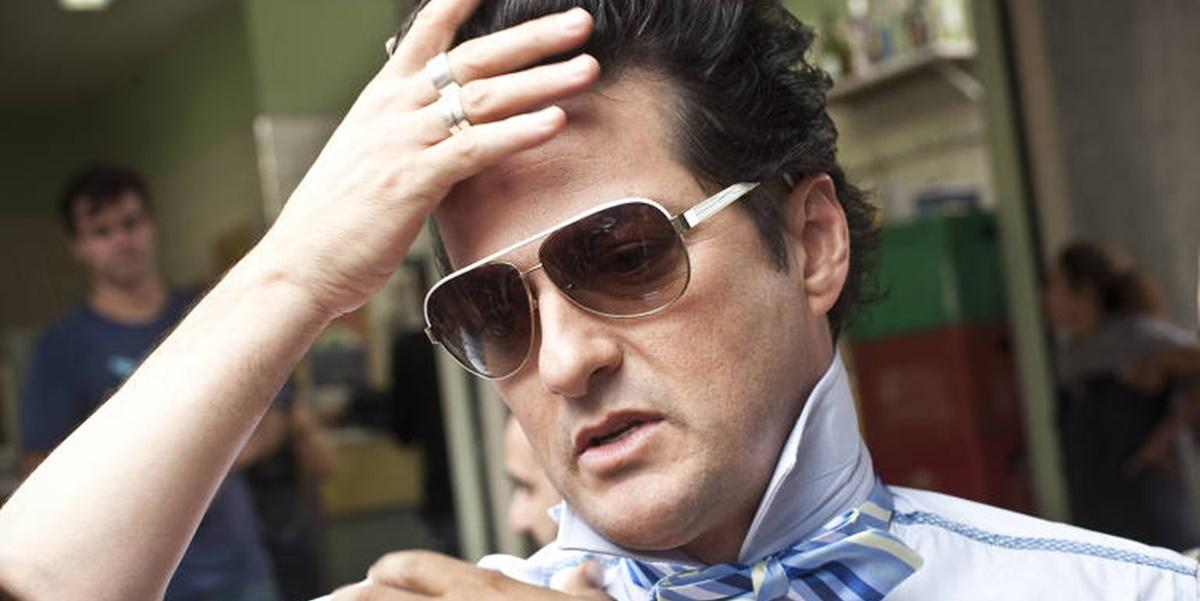 Crô é um personagem gay interpretado por Marcelo Serrado na novela Fina Estampa (Foto: Reprodução)