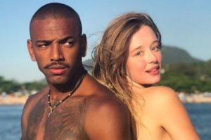 Nego do Borel ao lado da namorada, Duda Reis. (Foto: Reprodução)