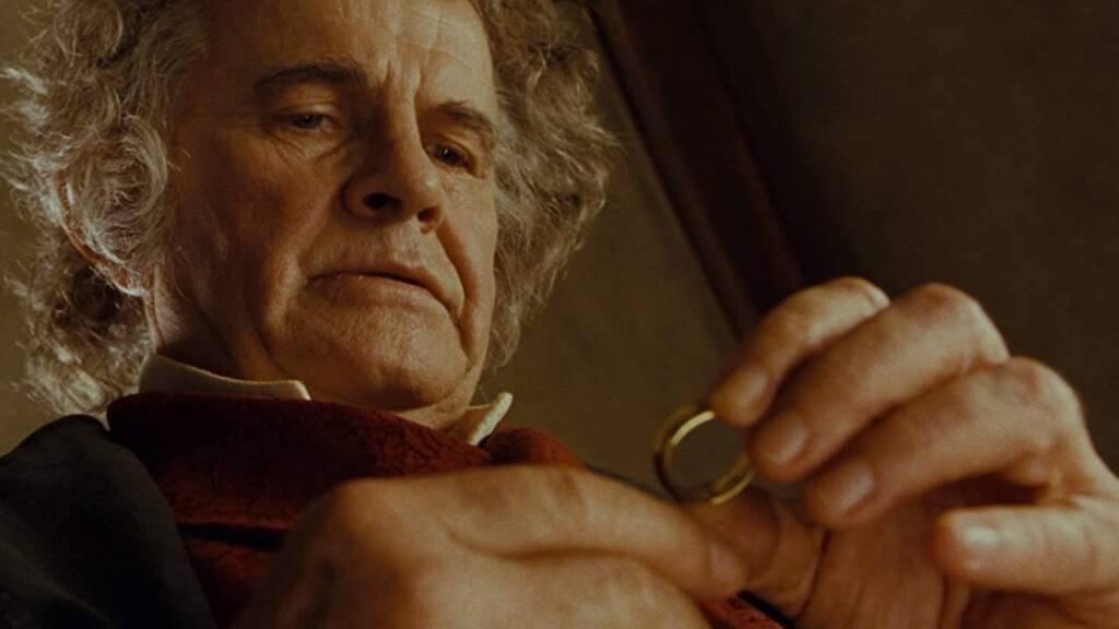 Ator que deu vida  personagem Bilbo Bolseiro em O Senhor dos Anéis morre aos 88 anos (Foto: Reprodução)