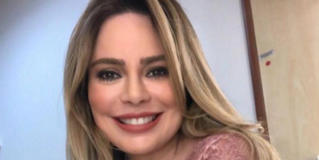 Rachel Sheherazade é a principal âncora do SBT Brasil (Foto: Reprodução)