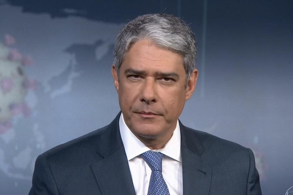 O jornalista William Bonner foi surpreendido com bomba na Globo - Foto: Reprodução