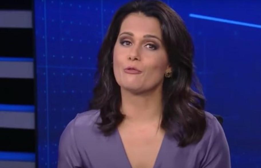 A jornalista Adriana Araújo teria caído no choro nos bastidores da Record - Foto: Reprodução