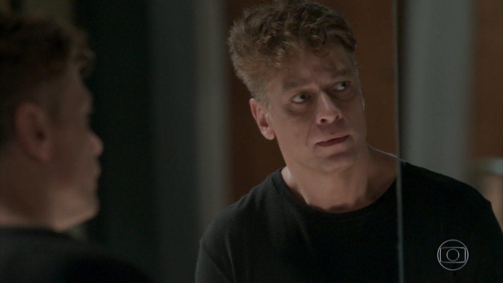 Arthur desiste de Eliza em Totalmente Demais