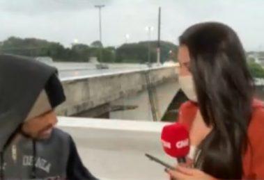 Repórter da CNN é ameaçada com faca ao vivo - Foto: Reprodução