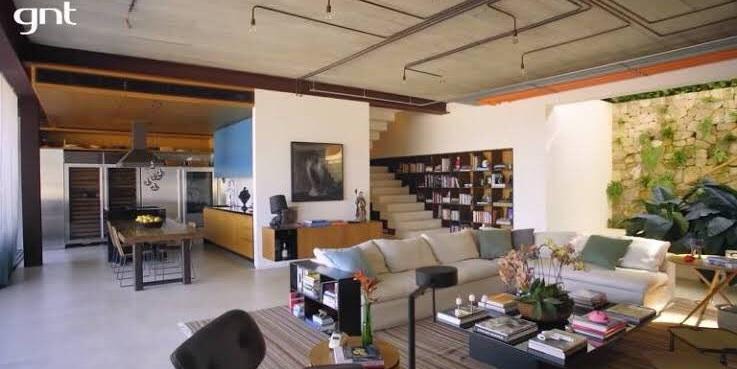 Área interna da residência (Foto: reprodução)