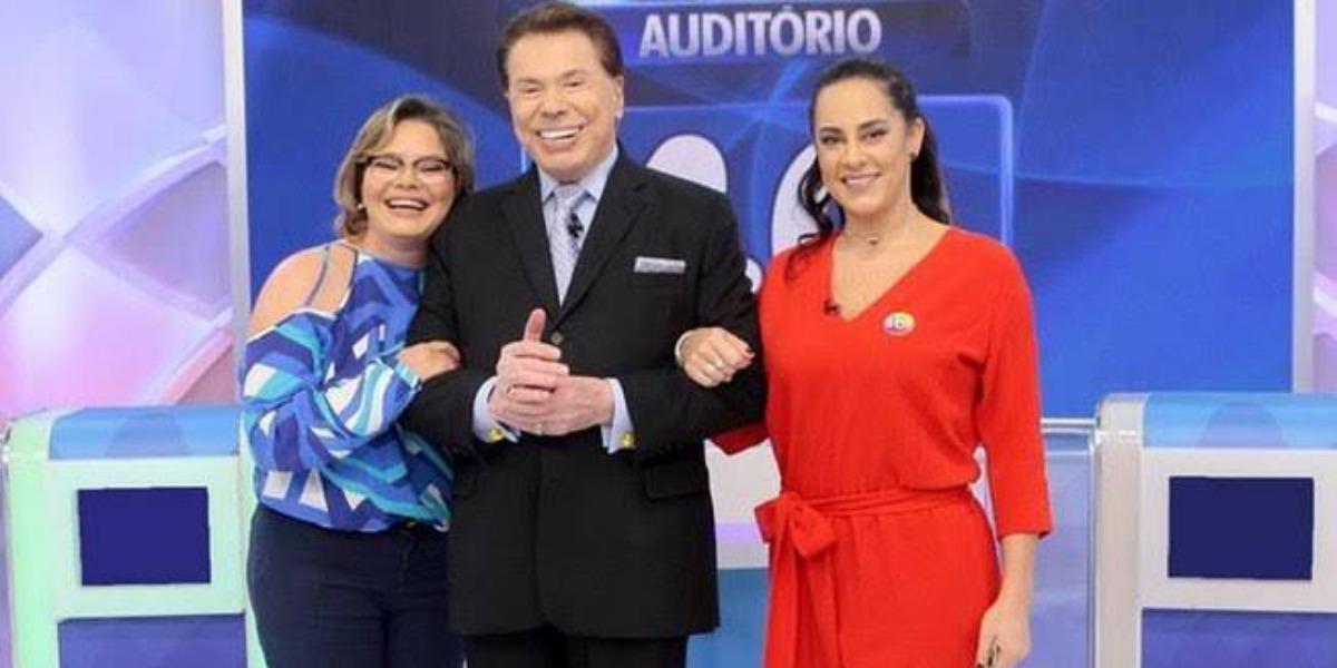 Silvio Santos ao lado das suas filhas do primeiro casamento, Cíntia e Silvia Abravanel (Imagem: SBT)