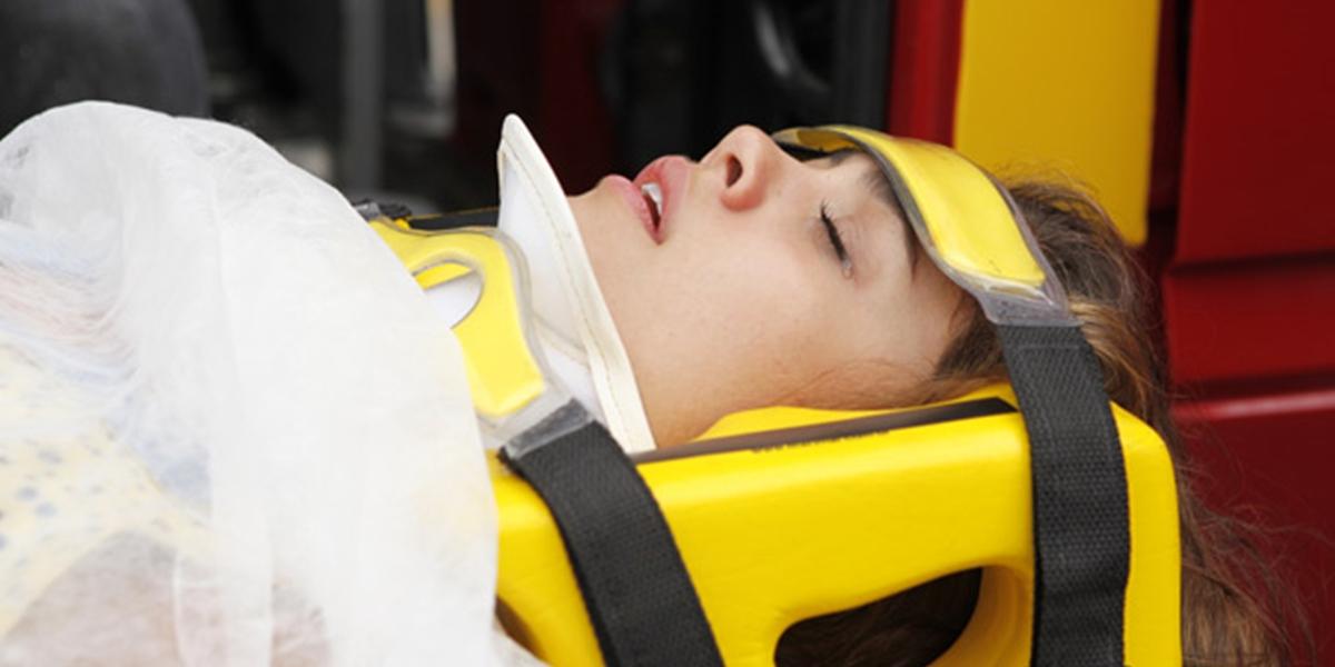 Amália (Sophie Charlotte) fica em estado grave após atentado em Fina Estampa (Foto: Divulgação/Globo)
