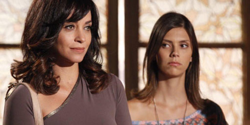 Marcela (Suzana Pires) volta como a gêmea Joana para vingar assassinato em Fina Estampa (Foto: Divulgação/Globo)