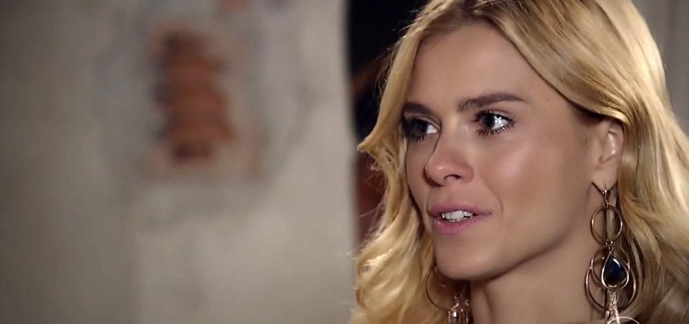 Teodora em cena da novela Totalmente Demais (Foto: Divulgação)