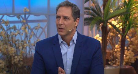 Luís Ernesto Lacombe reforçará a programação da RedeTV! (foto: Reprodução/Band)