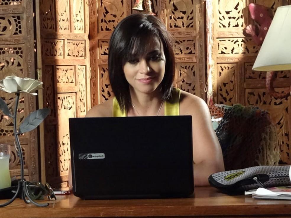 Marcela surge em vídeo e Tereza Cristina pira em Fina Estampa