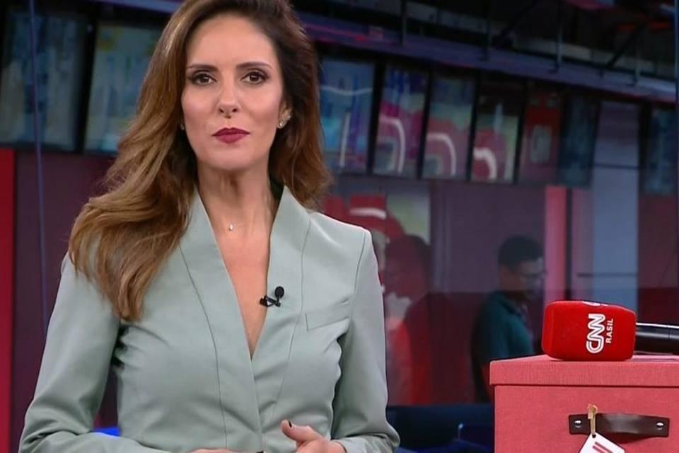 Monalisa Perrone comanda o Grande Debate na CNN Brasil (Foto: Reprodução)