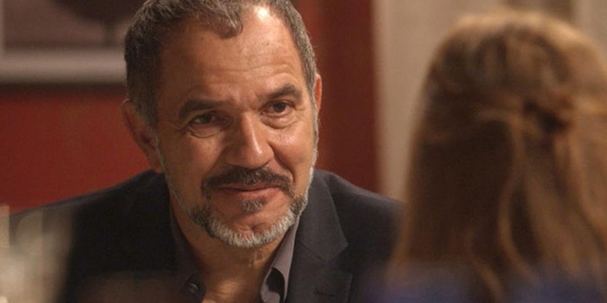 Germano (Humberto Martins) descobre que Eliza (Marina Ruy Barbosa) é sua filha em Totalmente Demais (Foto: Divulgação/Globo)