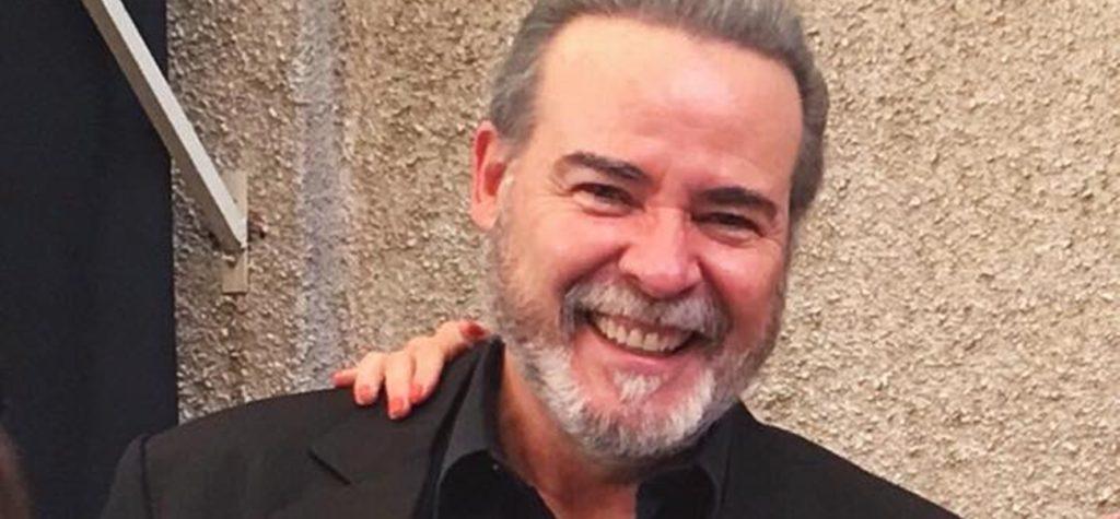 César Évora é um dos atores que retomaram os trabalhos em novelas da Televisa. (Foto: Reprodução)