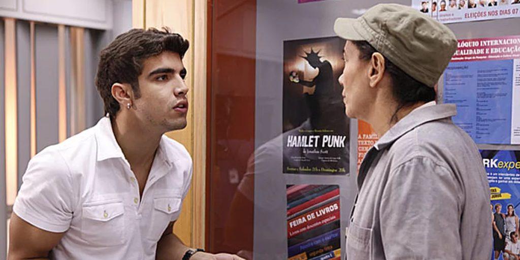 Caio Castro em cena de Fina Estampa. (Foto: Divulgação)