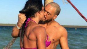 Belo expôs sexo com Gracyanne Barbosa em locais público (Foto: Reprodução)