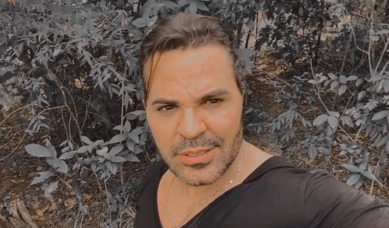Sertanejo vai parar no matagal (Foto: Reprodução)