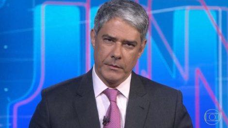 William Bonner no Jornal Nacional, na TV Globo (Foto: Reprodução)
