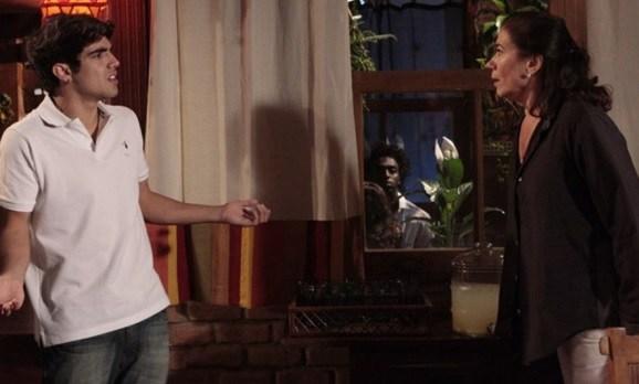 Antenor enfrenta Griselda na novela Fina Estampa - Foto: Reprodução