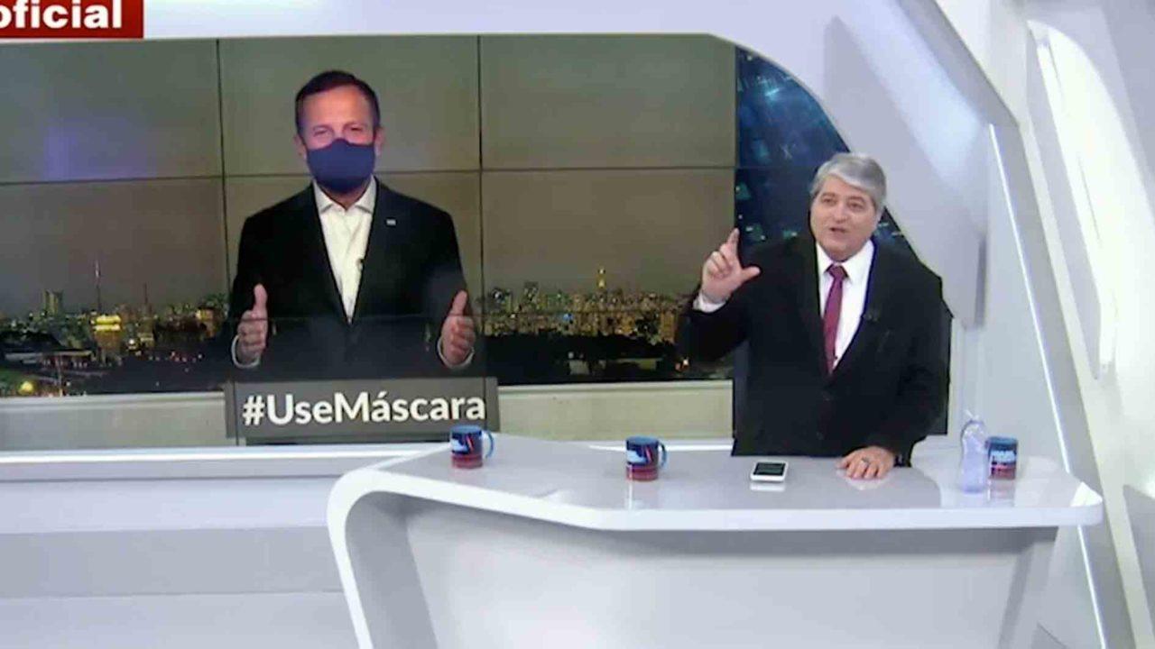 João Dória e Datena riram da cena protagonizada por Jair Bolsonaro (Foto: Reprodução)
