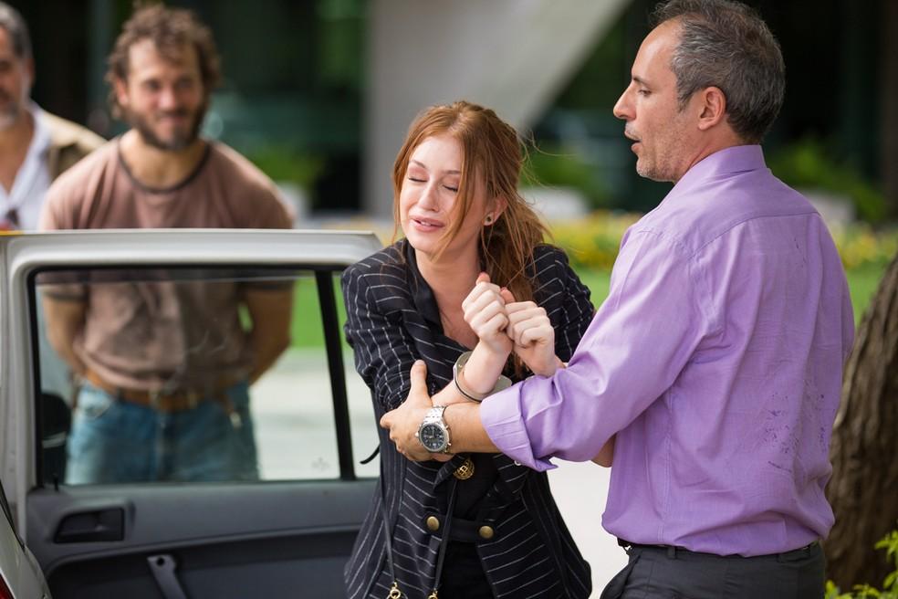 Eliza é presa na novela Totalmente Demais - Foto: Divulgação