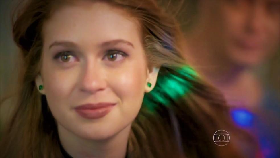 Eliza vai gostar de ver Jonatas cantando para ela em Totalmente Demais