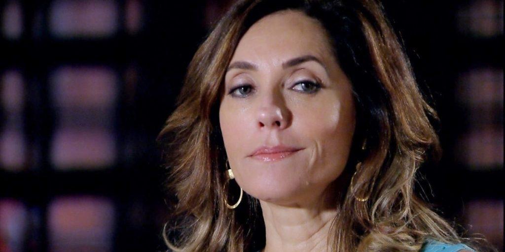 Tereza Cristina (Christiane Torloni) ordenará a morte do neto de Griselda (Lilia Cabral) em Fina Estampa (Foto: Reprodução/Globo)
