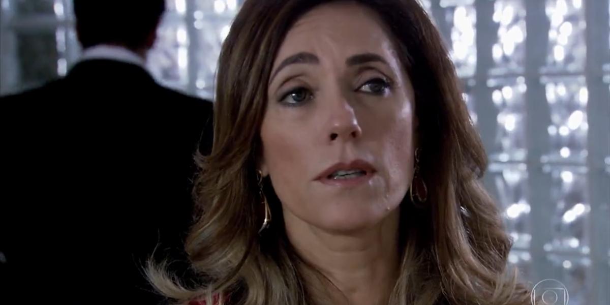 Tereza Cristina (Christiane Torloni) em cena de Fina Estampa; vilã é traída por comparsa e confessa crimes (Foto: Reprodução/Globo)