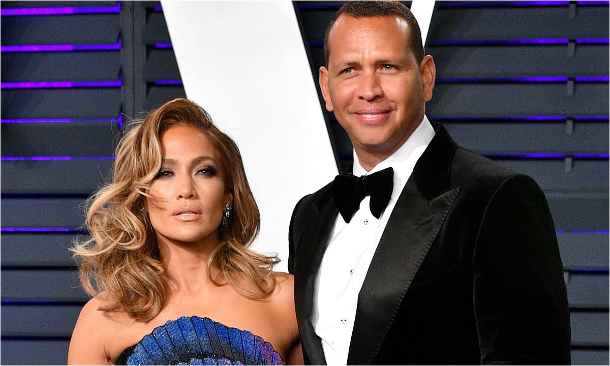 Jennifer Lopez compartilha mensagem de aniversário ao noivo Alex Rodríguez (Foto: Reprodução)