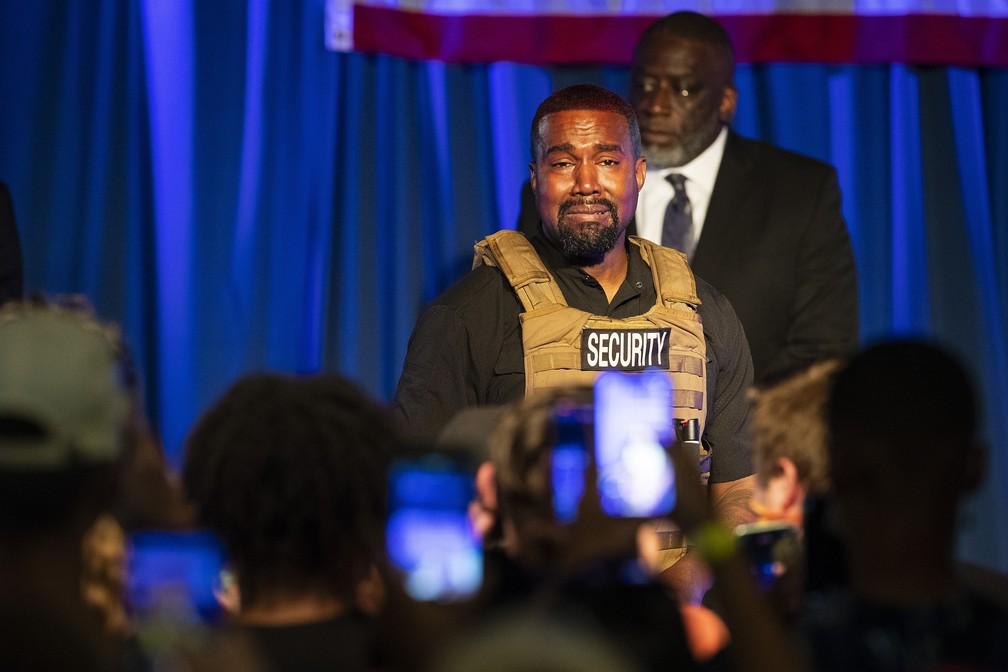 Kanye West faz primeiro discurso após anuncio de candidatura e vai às lágrimas (Foto: Reprodução)