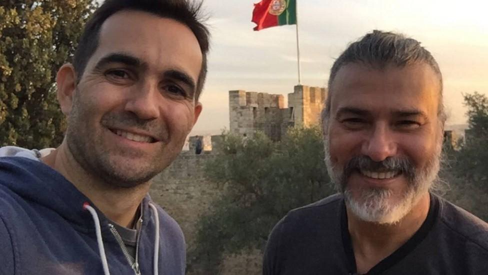 Leonardo Vieira e o Leandro Fonseca moram em Portugal (Foto: Reprodução)
