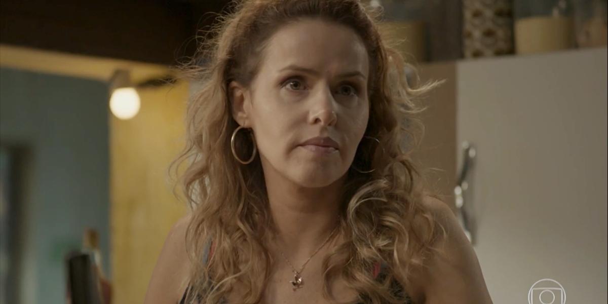 Gilda (Leona Cavali) ficará contra a filha em Totalmente Demais (Foto: Reprodução/Globo)