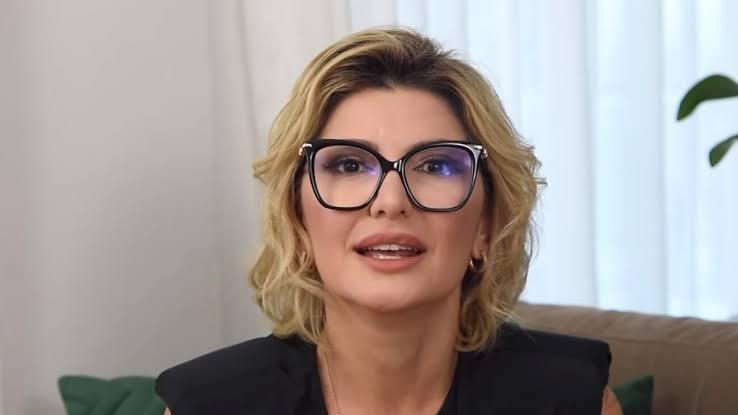 Antonia Fontenelle concedeu entrevista bomba para filho de Jair Bolsonaro (foto: Reprodução)