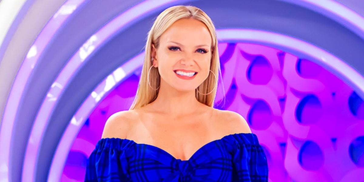 Eliana comanda um programa aos domingos no SBT (Foto: Reprodução)
