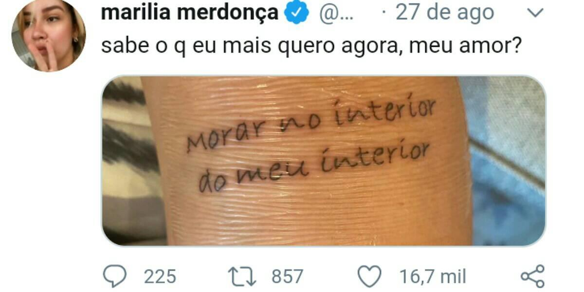 Marília Mendonça exibe nova tatuagem (Foto: Reprodução)