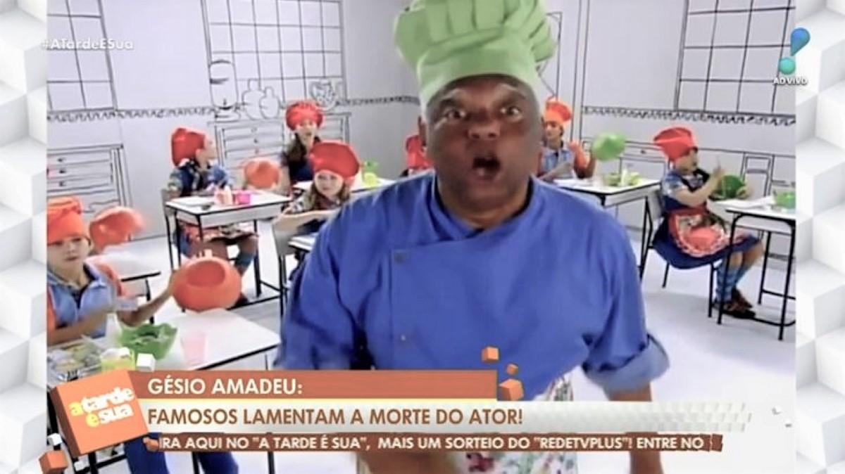 RedeTV! se confunde ao dar notícia no A Tarde É Sua (Foto: Reprodução)